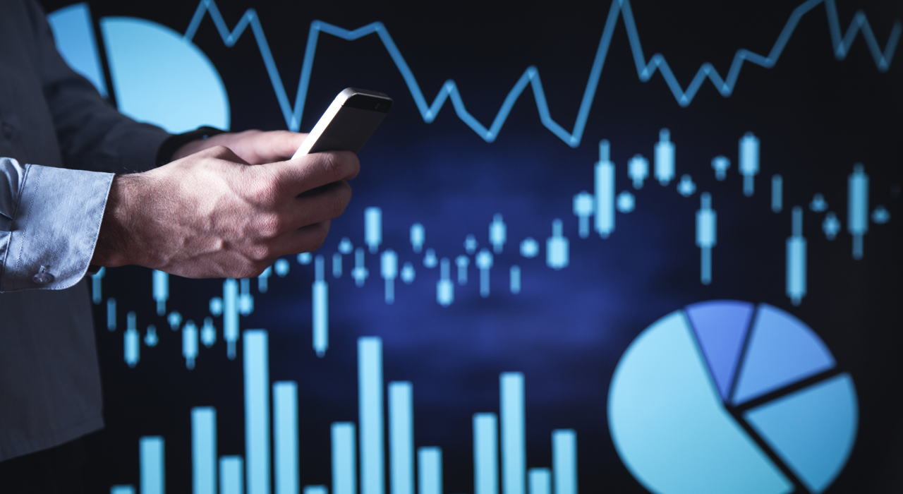 Index Funds vs. ETFs vs. Stocks: Which One is Better and Who to Invest With.